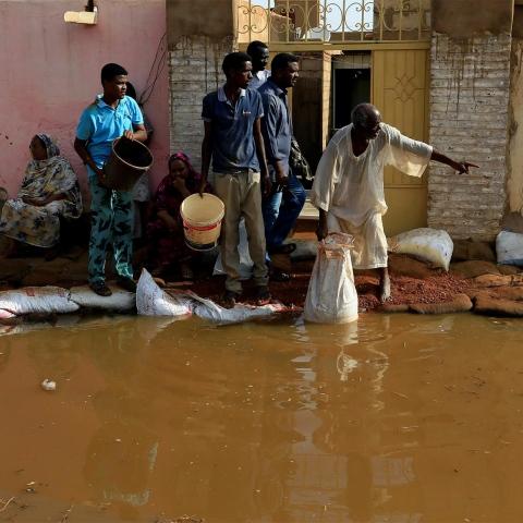 صور: السودان تواجه الفيضان الأكبر في تاريخها ببطولة والإمارات إلى جانب الأشقاء كالعادة