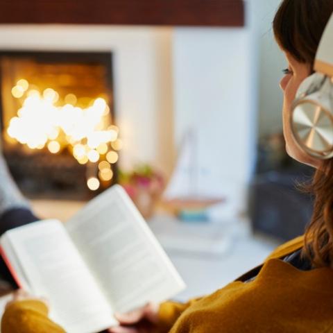 صور: استمتع القراءة والمعرفة بدون عينيك باختياراتنا لأفضل تطبيقات الكتب الصوتية