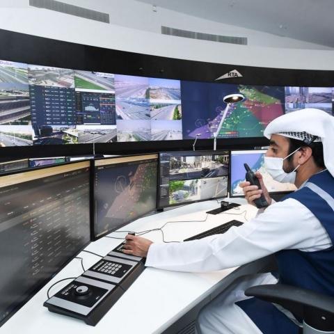 صور: دبي بوست تأخذكم في جولة داخل مركز دبي للأنظمة المرورية الذكية الأحدث والأكثر تقدماً!