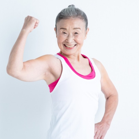 ${rs.image.photo} العمر مجرد رقم.. مقولة تطبّقها أكبر مدربة لياقة بدنية في اليابان في سن التسعين!