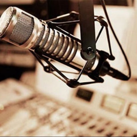 صور: في يوم الإذاعة العالمي.. نؤكد أن للإذاعة بريق أزلي و مميز في دولة الإمارات!