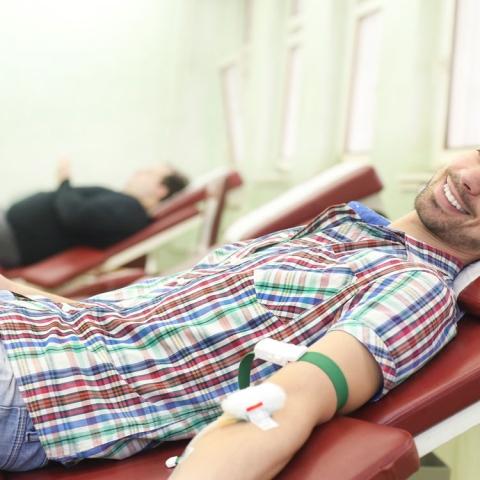 صور: كيف تكون مؤهلا للتبرع بالدم؟