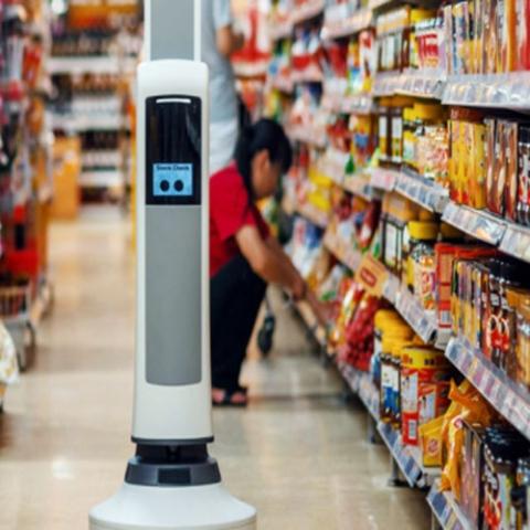 """صور: ما قصة الروبوت """"تالي"""" في متجر كارفور الإمارات؟"""