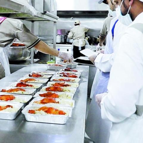 "${rs.image.photo} ""فطّر بسلام"" حملة إفطار صائم عبر الجمعيات الخيرية المرخصة تطلقها إسلامية دبي"