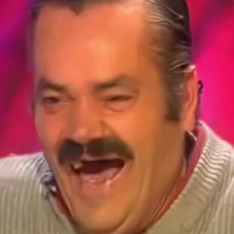"""${rs.image.photo} بعد رحيله.. تعرّف على صاحب أشهر ضحكة في العالم الممثل الإسباني """"إل ريستاس"""""""