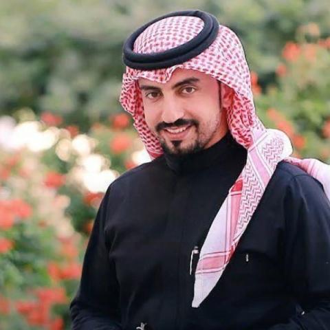 صور: حديث تحفيزي لمحمد الشريف بعد سنوات من حادث سيارة مروع