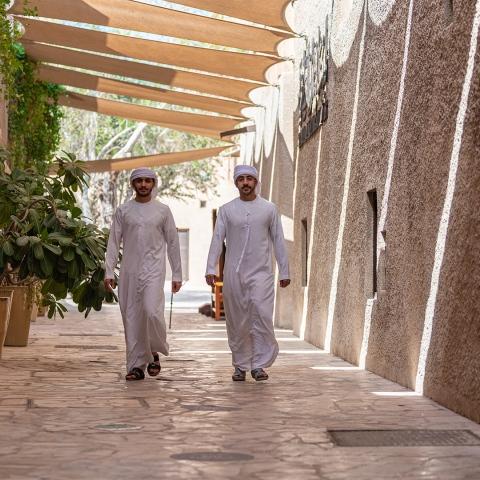 """صور: مواطنان يطلقان منصة """"دليلي"""" للإرشاد السياحي في دبي"""