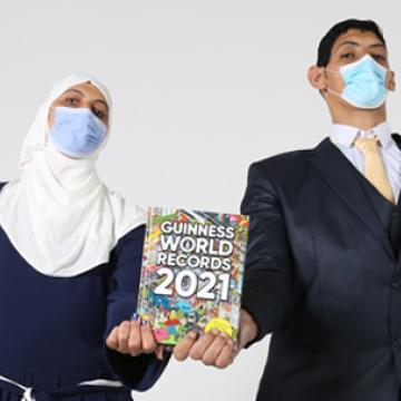صور: الأخوان هدى ومحمد شحاتة من مصر يدخلان موسوعة غينيس للأرقام القياسية