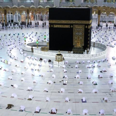 صور: موسم العمرة يعود.. هنا شروط العمرة للمسافرين إلى المملكة العربية السعودية