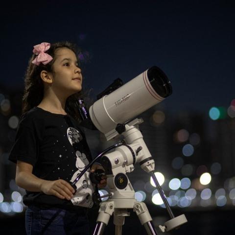 صور: بسن الثامنة فقطـ تكتشف الكويكبات وتصنع الإلهام لجيل بأكمله!